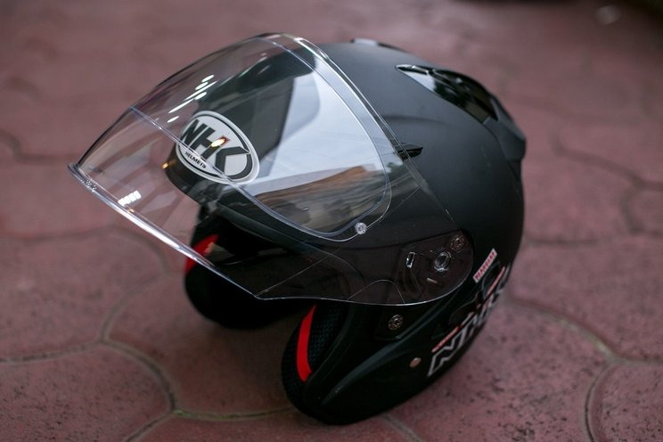 Helm Half Face Motor Terbaik di Indonesia