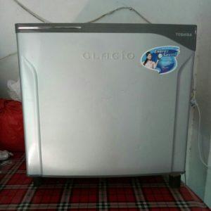Kulkas Mini Toshiba