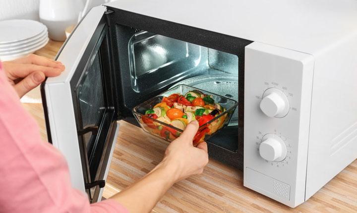 7 Rekomendasi Microwave Terbaik Di