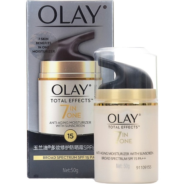 Pelembab Wajah Oil of Olay