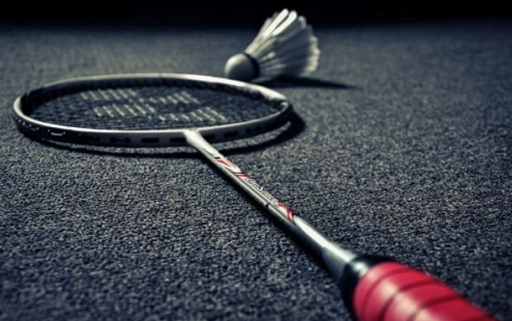 Raket Badminton Terbaik