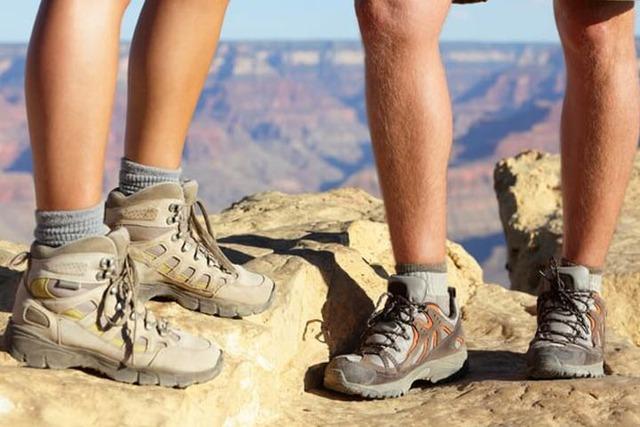 Sepatu Gunung Terbaik