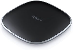 Wireless charger Aukey