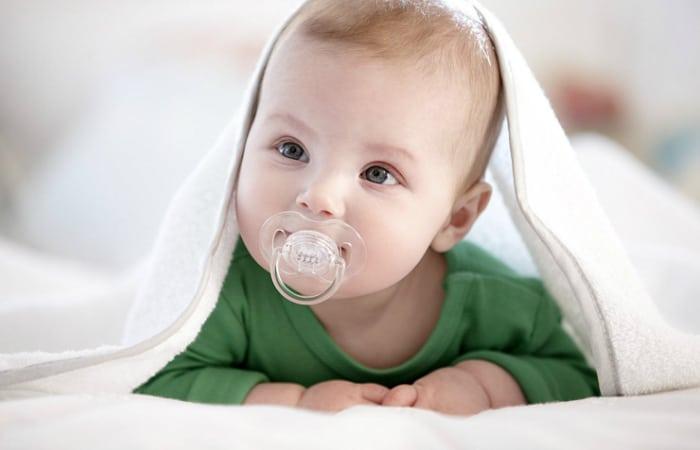 Empeng Bayi Terbaik